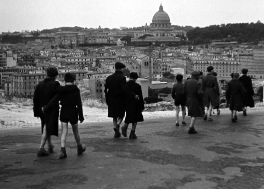 """Cinema Storia Cittadinanza: """"Dall'Italia fascista alla Liberazione attraverso lo sguardo di cinque capolavori del Cinema italiano""""   Corso di Formazione Docenti 2021-2022."""